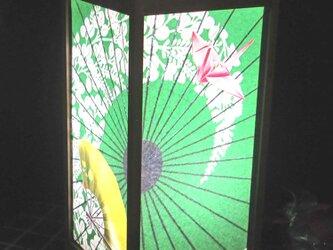 みどり葉絵日傘≪折り鶴飛翔の舞≫飾りライトスタンドの醍醐味を!!の画像