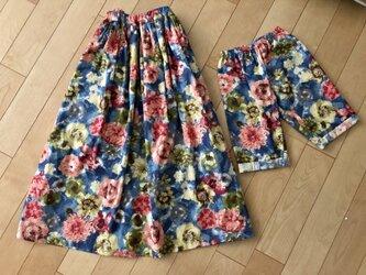 親子お揃い可♡パッと華やぐピンクお花スカート&パンツの画像