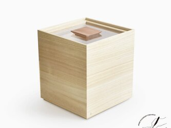 桐の米びつ 5kgの画像