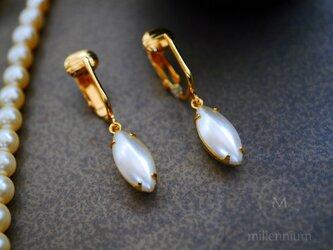 ヴィンテージビジューのイヤリング pearl nの画像