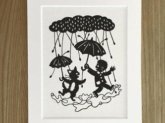ろくとくろの切り絵「雨に唄えば」の画像