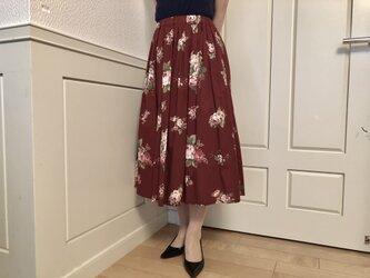 大sale! 白いお花ギャザースカート(赤)の画像