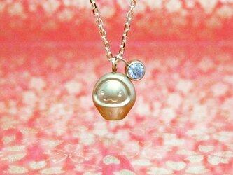 小さくて可愛らしいダルマとダイヤ0.1ctのK18YGペンダント < DARUMA【達磨/だるま】>の画像