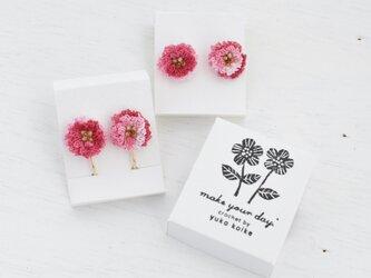 flower ピアス/イヤリング C  -  段染めピンクの画像