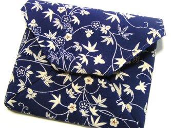 Y様 専用ページ 正絹 改良数寄屋袋 仕切り付き 古帛紗を折らずに入れたくて作りましたの画像