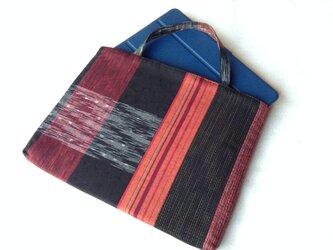 久留米織のパッチワークトートバッグ 赤と黒①の画像