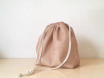 豚革 ブラウン ドローストリングバッグ 巾着袋の画像