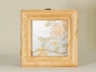 額012「そよ風」帯アート(小①)ーインテリア/額/スタンド/壁掛け/飾り/kimono/着物/帯/和/手作り の画像