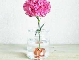 お花長持ち*かわいい銅の花留めの画像
