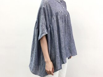 en-enリネン・シャンブレー襟付き五分丈ギャザープルオーバーの画像