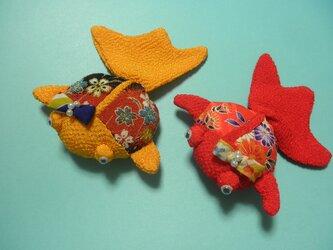 縮緬・着物地金魚のインテリアの画像