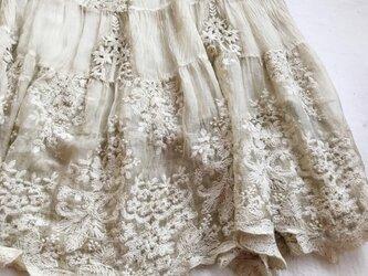 【受注製作】美しい花柄刺繍100%シルクで・ロングスカートシルク の画像