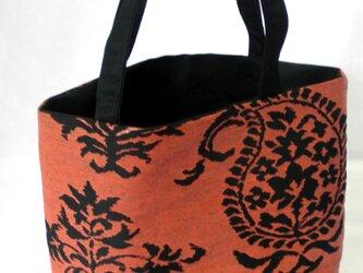 正絹 袋帯リメイク トートバッグ 朱地にペーズリーの画像