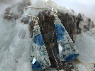 K2 Blue earrings K2ブルーのピアス/イヤリング 14KGFの画像