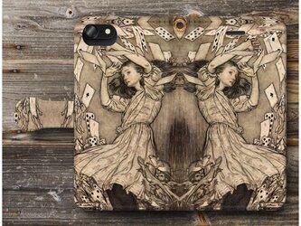 【アーサー ラッカム 不思議の国のアリス】スマホケース手帳型 全機種 対応 絵画 人気 プレゼント iPhoneXRの画像