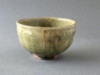 ビードロ灰釉茶碗の画像