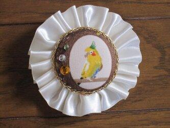 りぼんブローチの画像