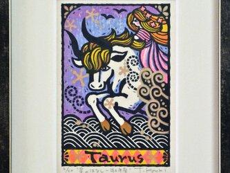 星座の木版画「牡牛座ー星のはなし」額付きの画像