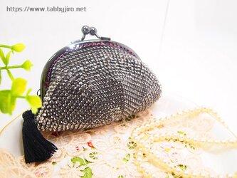 ビーズ編みのがま口-リフレクション(黒)の画像