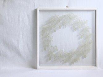 【植物リースの切り絵】ノイチゴ_モスグリーンの画像