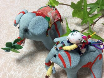 ♪おやこ象と童の画像