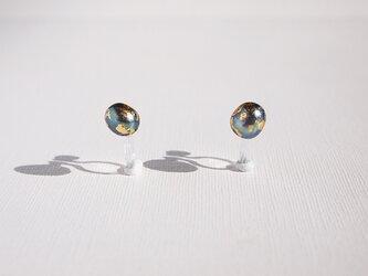 金箔とパールのイヤリング/the planet earth/受注生産の画像