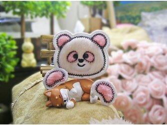お手てが付いたピンクのパンダ★ふさふさワッペン★白桃5.5-1枚の画像
