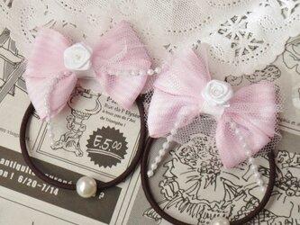 ★りぼん★ パウダーピンクとチュールのダブルリボンのヘアゴムの画像