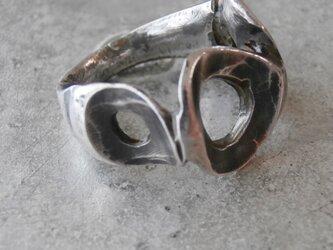 銀の指輪の画像