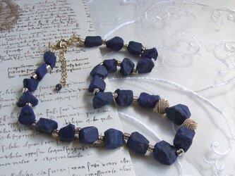 瑠璃(ラピスラズリ)のネックレスの画像