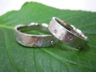 ハンドメイド結婚指輪☆極太ツヤ消し&打ち出しダイヤ入りの画像