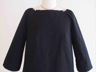 Veronica -black blouse-の画像