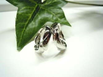 ハンドメイド結婚指輪☆未来へ羽ばたけ!翼・羽根デザインの画像