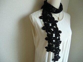 リネン 麻 お花のストール(黒)の画像