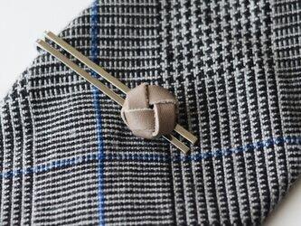本革〈グレー〉玉結び ネクタイピン(ギフトラッピング無料)の画像