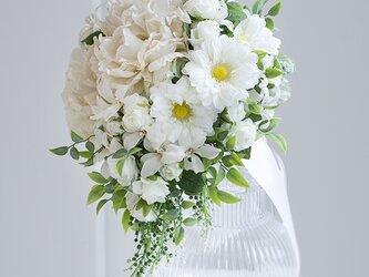 【ブートニア付き】luxury wedding..ティアドロップブーケ アーティフィシャルフラワー (造花)前撮り 海外の画像