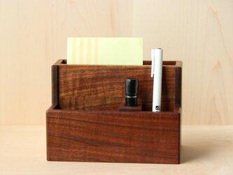 無垢材ウォールナットの便利な小物入れスモールサイズ (リモコン、スマホ、ペン収納に便利です)の画像