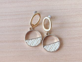 Raffia Oval earringsの画像