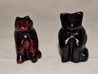 座り猫  黒漆摺漆の画像