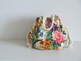 数量限定 新色! ボタニカル花柄リネンマリンバッグ クリームの画像