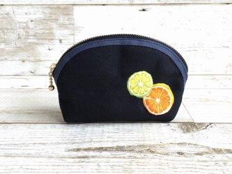 国産帆布×フルーツの小さめポーチ①  小物入れ  オレンジ×ライムの画像