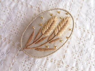 やさしく輝く  麦のブローチの画像
