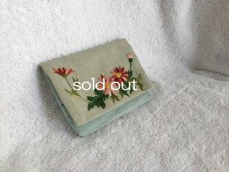マーガレット刺繍・オリーブグリーンの画像