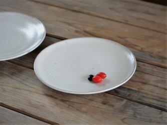 白釉 6寸 平皿の画像