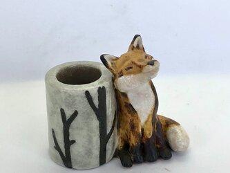 陶のスタンド「きつね」の画像