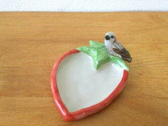 陶トレイ ヒヨドリと苺の画像