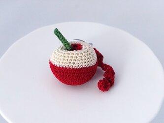 剥きかけリンゴのブローチの画像