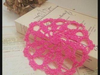 ネオンカラーの水糸ドイリー【ピンク】aの画像