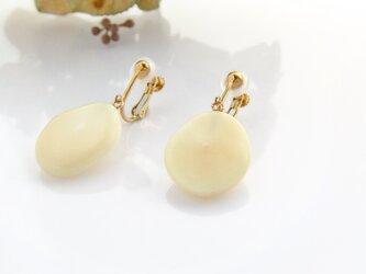k10✼Makkoh earrings 92040の画像
