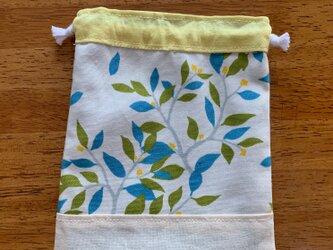 青い葉っぱ♪の巾着袋の画像